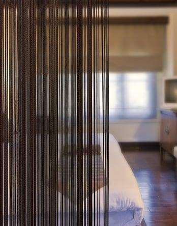 fadenvorhang t rvorhang extrem sch n und g nstig. Black Bedroom Furniture Sets. Home Design Ideas
