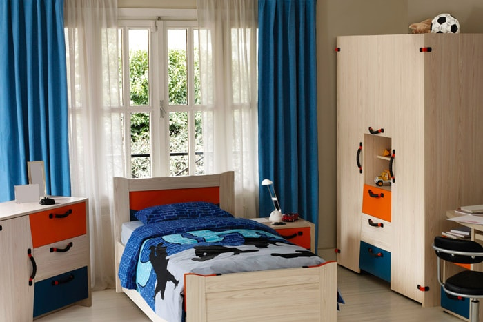 vorh nge schlafzimmer verdunkeln atemberaubender verdunkelungsvorhang fr fensterdeko ideen. Black Bedroom Furniture Sets. Home Design Ideas