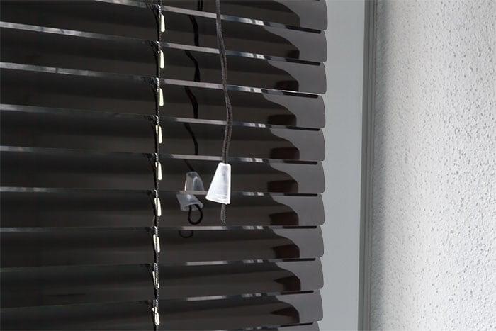 jalousie aluminium 90 x 130cm schwarz 25mm jalousien. Black Bedroom Furniture Sets. Home Design Ideas