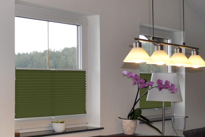 weiss gelb blau gr n t rkisblau. Black Bedroom Furniture Sets. Home Design Ideas