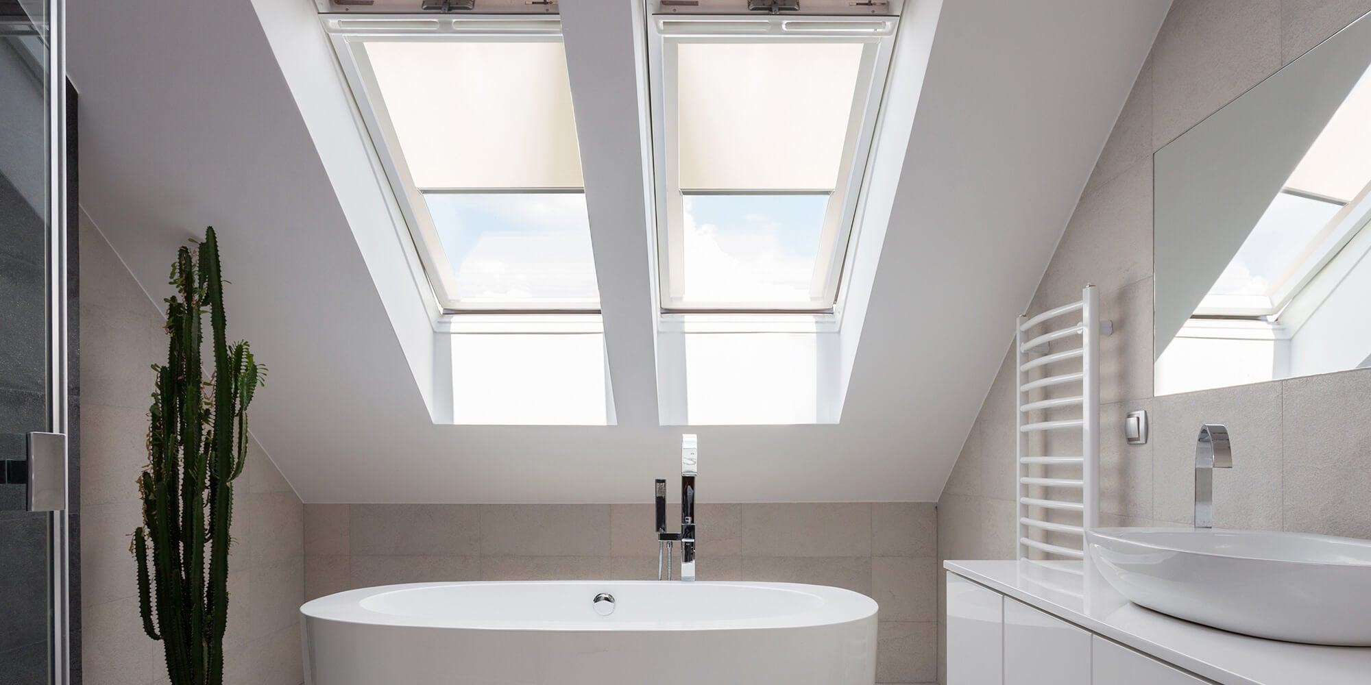 dachrollos passend f r velux roto fakro dachfenster. Black Bedroom Furniture Sets. Home Design Ideas